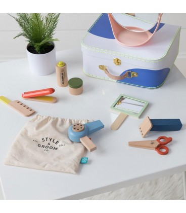 Manhattan Toys- Style & Groom